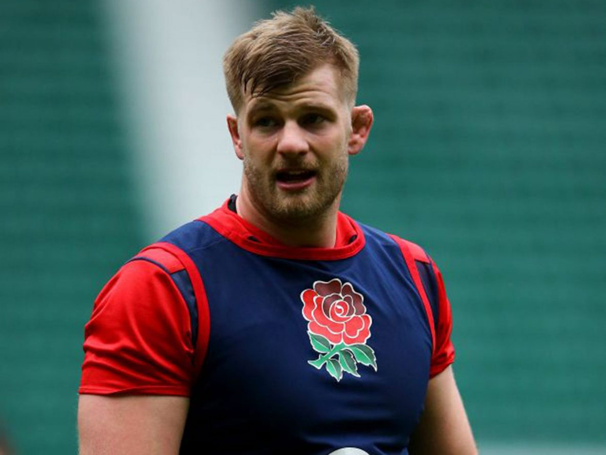 George Kruis in England training shirt